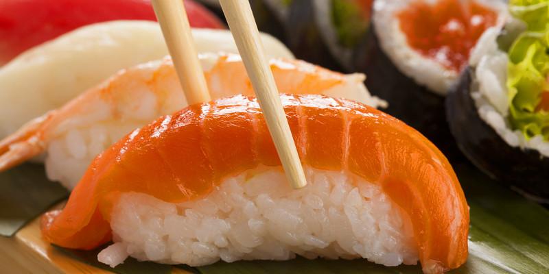 生鱼片握寿司