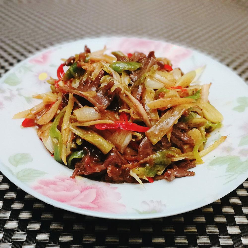酸菜炒鸭肫