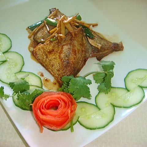 姜葱白鲳鱼