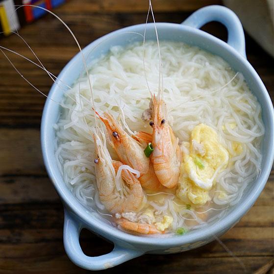 白虾鸡蛋汤粉