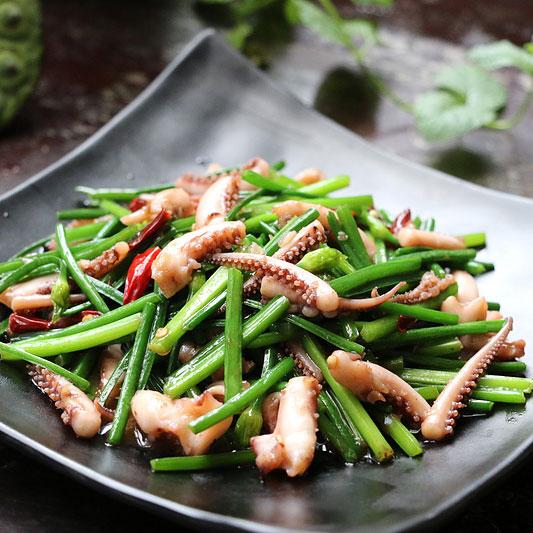 韭菜薹炒鱿鱼