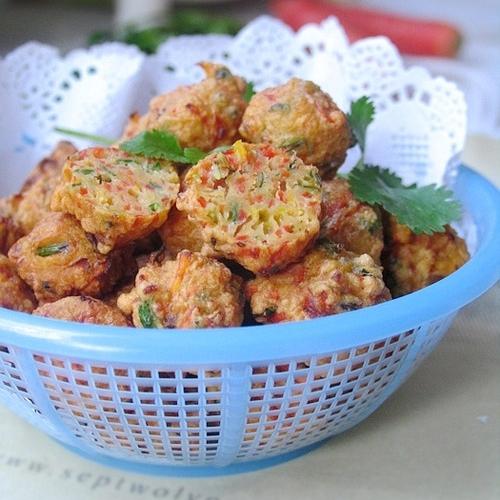 胡萝卜香菜丸子