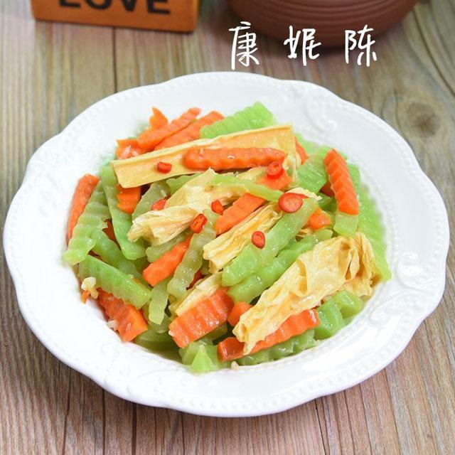 腐竹炒胡萝卜莴苣