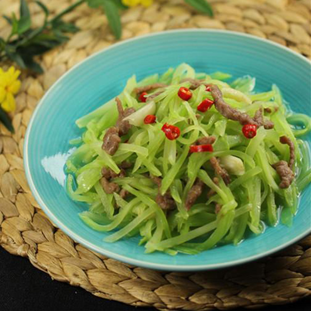牛肉炒莴苣丝