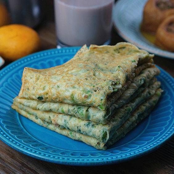 莴笋叶蛋饼