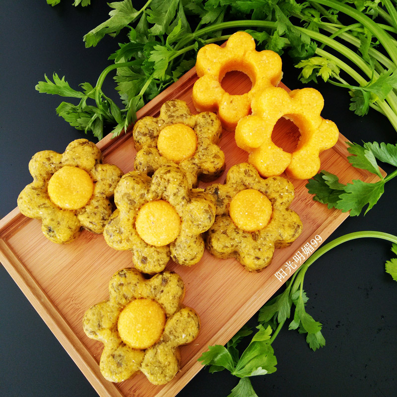 芹菜叶花朵玉米饼