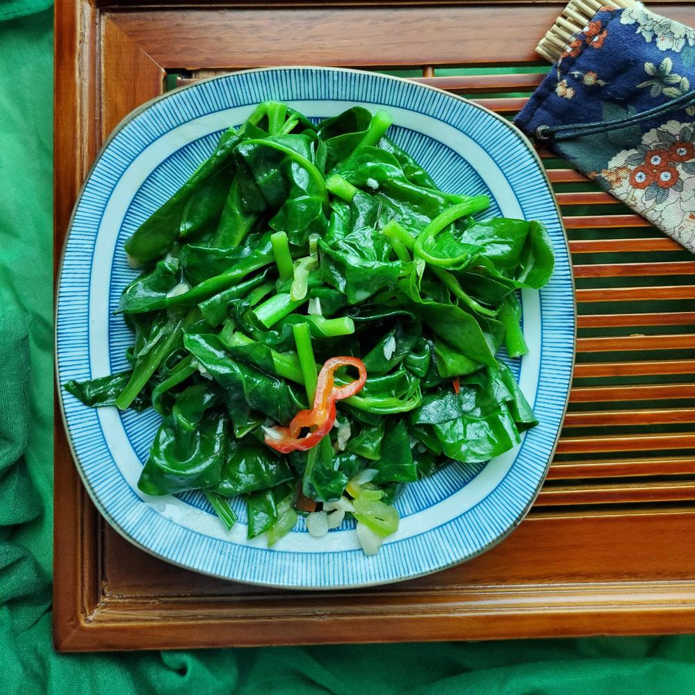 椒丝腐乳炒木耳菜