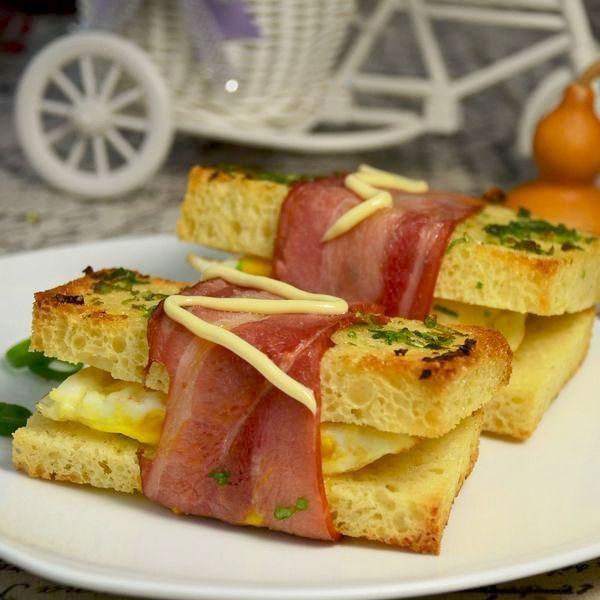 香葱培根三明治
