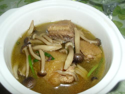 真姬菇炖鸡腿肉